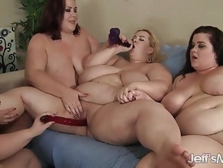 bbw 5 fat girls get it on lesbian group sex