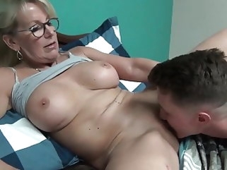 mom Story time with mommy porn for women